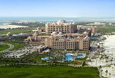 Emirates Palace Hotel in Abu Dhabi... Just, wow!