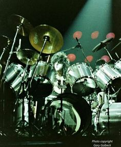 Eric Carr, Best Rock Bands, Heavy Metal Rock, Kiss Band, Hot Band, Glam Rock, Rock Music, Drummers, Earth