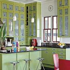 Frosted Glass Cabinet Doors : Glass for Kitchen Cabinet Doors – Kitchen Installation Kitchen Decor, Kitchen Inspirations, Beach House Kitchens, Chic Kitchen, Green Kitchen Cabinets, Home Kitchens, Home, Kitchen Design, Retro Kitchen Decor