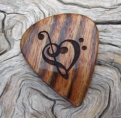 Handmade Premium Wood Guitar Pick Caribbean by NuevoWoodcrafts