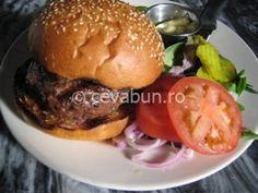 Reţeta originală hamburgeri. Cum se fac hamburgerii si cheesburgerii. Ingrediente hamburger si cheeseburger. Cei mai buni hamburgeri.
