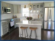 Unbelievable Kitchen design or layout tricks,Kitchen remodel design layout tips and Small kitchen renovation budget ideas. Elegant Kitchens, Beautiful Kitchens, Cool Kitchens, Kitchen On A Budget, Diy Kitchen, Kitchen Decor, Kitchen Ideas, Kitchen Small, Cheap Kitchen