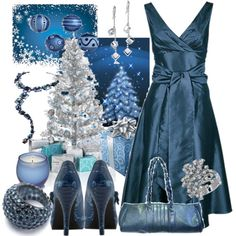 blue and white winter wedding color scheme
