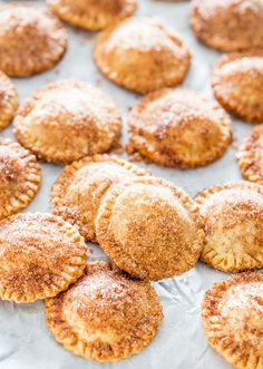 Churro Apple Pie Cookies - Adorable little apple pies, churro style. They're crispy, crunchy and a lot of sugary goodness.