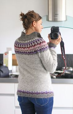 Ravelry: Project Gallery for Afmæli - anniversary sweater pattern by… Homemade Anniversary Gifts, Homemade Wedding Gifts, Sweater Knitting Patterns, Free Knitting, 20 Year Anniversary, Wedding Anniversary, Icelandic Sweaters, Birthday Gifts For Sister, Pullover