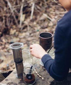 Great weekend adventure |  TAG your coffee friend! |  Shop NOW  @originalaeropress Link in Bio  by @fixedaniel by originalaeropress