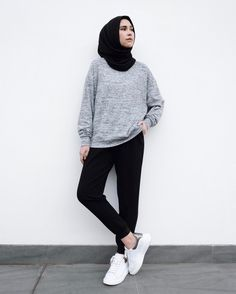 New style hijab casual kemeja Ideas Hijab Casual, Ootd Hijab, Hijab Chic, Casual Outfits, Fashion Outfits, Casual Pants, Simple Hijab, Casual Ootd, Classy Outfits