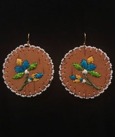 Woodland Quillwork on Spring Birch Bark Birch Bark Crafts, Beaded Earrings, Drop Earrings, Flower Making, Painting On Wood, Quilling, Handcrafted Jewelry, Jewelry Crafts, Nativity