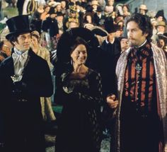 James FRAIN, Helen MAC CRORY, and Jim CAVIEZEL  in THE COUNT OF MONTE CRISTO (2001)  - Film Photos Premiere.fr