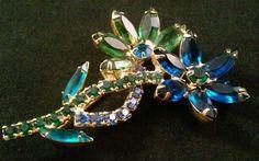 WOW+JULIANA+D+&+E+Vintage+Brooch+Pin+Open+Back+Rhinestone+Flower+Spring+5017+#Juliana