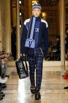 Versace Fall 2018 Menswear Fashion Show Collection