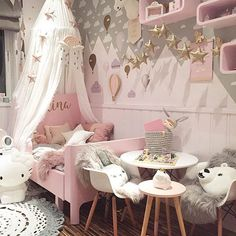 Such a beautiful little girls room! ☁️☁️☁️ Love seeing our CLOUD wall decals on the wall (in sizes small, med and large), and 3 special grey kawaii cloud decals we custom designed for @sukkerdrom ☁️ 100% removable. If you want your own customized wall decals send us an email today!  Rockymountaindecals@outlook.com  or visit us at www.rockymountaindecals.ca