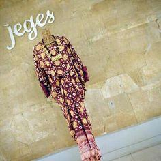 Kaftan jumputan by Jeges Sewing Class, Turban, Kaftan, Top, Clothes, Ideas, Fashion, Outfits, Moda