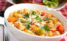 Minestrone Soup - Recipes - I Love Cooking, How to cook South African recipes Epicure Recipes, Italian Recipes, Soup Recipes, Healthy Recipes, Italian Beef, Vegetarian Italian, Vegetarian Food, Healthy Food, Vegetarian Noodle Soup
