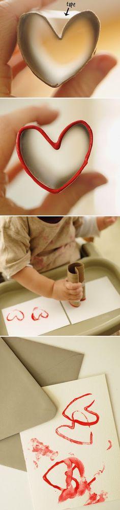 sello de corazón con rollo de papel para san valentín