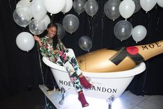 Maison Moët: Moët & Chandon kicked off TIFF with the inaugural launch of Maison Moët, which was organized by Berkeley Events alongside DDB Public Relations. Hosted at La Maquette from September 8 to 11, the event featured Hannah Bronfman as a guest DJ, while guests sipped on bubbles and posed for photos in a branded bathtub display. #TIFF2016
