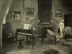 Piano à queue Pleyel dessiné par Süe et Mare dans un salon particulier. Extrait de la brochure Pleyel 1807, s. d. [c. 1927]. Collection Carl Esther.