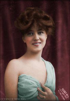 Otto Sarony, Portrait of Evelyn Nesbit, 1902 Evelyn Nesbit, Vintage Glamour, Vintage Girls, Vintage Beauty, La Fille Gibson, Photo Portrait, Gibson Girl, Edwardian Fashion, Edwardian Era