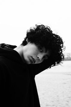 Damn boy those CURLS!!! He is half French half Japanese <3 Louïs Rault Watanabe - In that video Kungs- This Girl (tunnnnne)