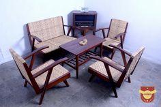 Kursi Jengki Antik -siap pakai #kursi#unik#antique#furniture#cafe#oldiest#classic#retro#vintage#jadoel#purwokerto#banyumas#koleksi#lucu#cute by uniqku