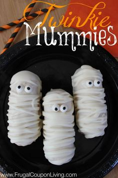 #Twinkie Mummies! What a Clever and easy treat for #Halloween See 17 more yummy #HalloweenRecipes