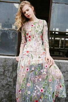 23things Embroidery Floral Maxi Dress
