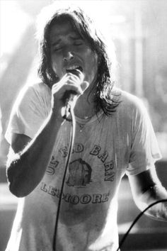 Steve Perry - original rockstar crush. Greatest voice ever.  Lemoore Barn tee, next town over from where my dad was born & Perry lived.
