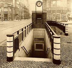 Berlin-Neukölln, Berg- Ecke Richardstraße, 1930 by Thomas Lautenschlag, via Flickr