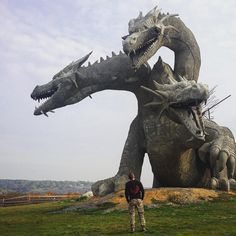 """"""" sixpenceee: """" A three-headed dragon statue in Russia. It's representative of Zmey Gorynych, a dragon in Slavic mythology. """" This is quite possibly the coolest dragon statue ever! 3 Headed Dragon, Real Fire, Dragon Artwork, Dragon Statue, Black Dragon, Zebras, Mythical Creatures, Sculpture Art, Amazing Art"""