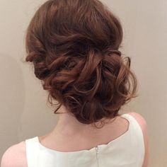 Throwback to this amazing updo done by @preeti_ii #updo #hairlovers #headlinessalon #hairlovers #greatday #throwbackthursday #yeg #yegdt #yeggers #ExclusivelyEdmonton #manulife #manulifeplace #curls