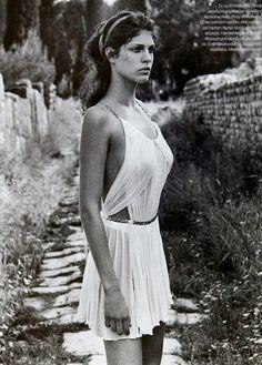 The beautiful Athena. Greek Inspired Fashion, Greek Fashion, Greek Dress, Toga Party, Beautiful People, Beautiful Women, Greek Beauty, Ancient Greece, Fashion Photography