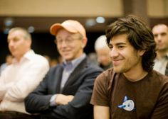 Secret Service releases first 100 pages of Aaron Swartz's file - CNET Mobile