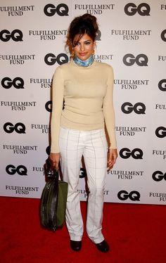 Pin for Later: So liefen die Stars zum ersten Mal über den roten Teppich Eva Mendes, 2002