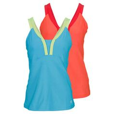 TheWilsonWomen's Solana V-Neck Tennis Tankhas a sporty fit for an athletic look with plenty of performance in tow. Performance polyester for easy movement and stretch. Built in support bra with strategically placed mesh for added ventilation. Contrast color straps and back panel mesh for the ultimate comfort.Technology:nanoWIKFabric: 89% Polyester/11% Spandex Jersey KnitFor more information on sizes, please refer to oursizing guide.