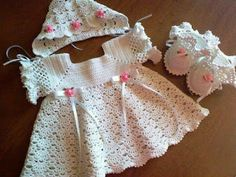 Mary Helen artesanatos croche e trico: Vestido Bebê croche