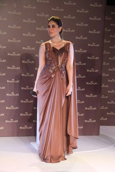 Style diva Kareena Kapoor stunned in a brown dress at Magnum Brownie launch yesterday!