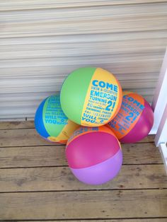 MacKenzie Seeley we could do a paper beach ball … Pool party birthday invitation. MacKenzie Seeley we could do a paper. Beach Ball Party, Summer Pool Party, Luau Party, Summer Beach, Pool Party Birthday Invitations, 13th Birthday Parties, Girl Birthday, Birthday Ideas, 10th Birthday