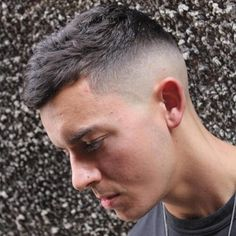 French Crop Fade King Of Mens Hairstyles Updated Gallery + Variations. looks Awesome with Skin Fades, Clipper Designs, Mens Hair Color trends, Fringes, Date Hairstyles, Hairstyles For Guys, Trending Hairstyles, Short Hair Cuts, Short Hair Styles, Drop Fade Haircut, High And Tight Haircut, Mens Hair Colour, Hair Barber