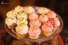 Mini Cupcakes, Wedding Ideas, Desserts, Vintage, Food, Tailgate Desserts, Deserts, Essen, Postres