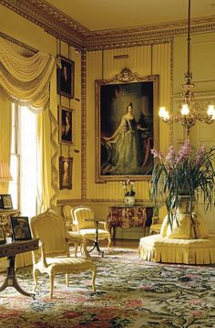 Lizzie's sitting room at Pemberley...