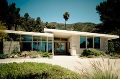 Midcentury Modern Home I Love These 70s Style Homes