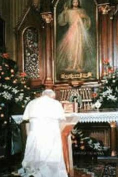 Pope John Paul II praying to Jesus, Divine Mercy (Jesus' Divine Mercy and His Divine Messages are for all denominations)