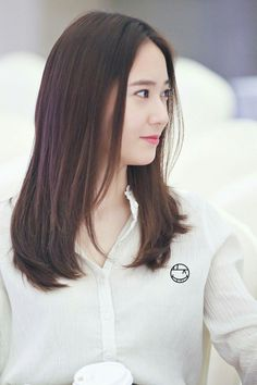 f(x) - Krystal Hipster Hairstyles, Party Hairstyles, Girl Hairstyles, Hairstyles 2018, Krystal Fx, Jessica & Krystal, Jessica Jung, Medium Hair Styles, Curly Hair Styles