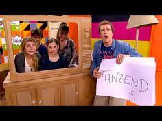 Sarah, Carola und Patrick singen den Hotel 13 Song