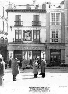 En esta cafetería, actual Café Central, se inventó la forma de pedir los cafés en Málaga.