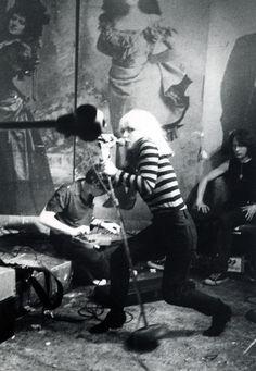 Blondie, 1977