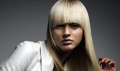 Thinking of a Brazilian blowdry....mmm...maybe not after this! Is your hair strong enough for a Brazilian blowdry?