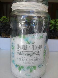 Diseño e impresion de etiquetas para frascos.  Una Estudio