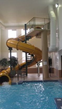 1000 images about lucky dreams on pinterest water slides water parks and indoor pools - Cool rooms with pools ...