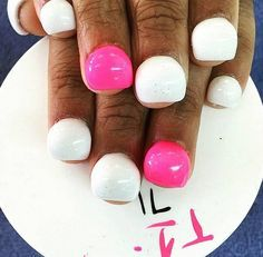 DIY Bubbly Nails | The Weirdest Instagram Beauty Trends, check it out at http://makeuptutorials.com/weird-instagram-beauty-trends/